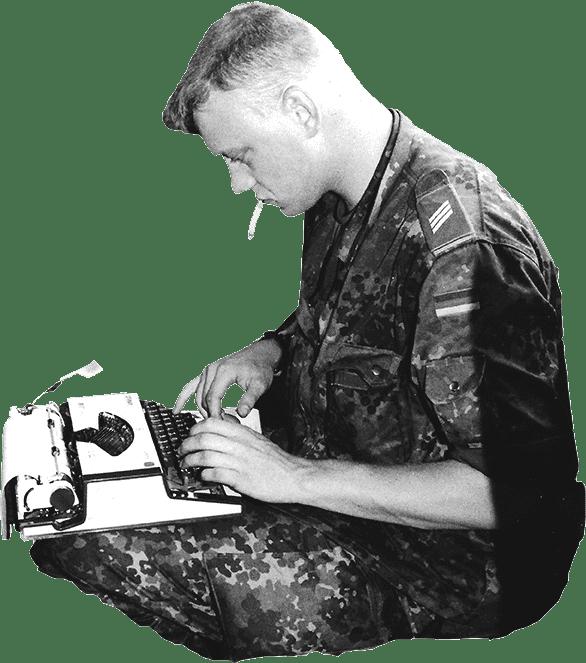 Olaf Kellerhoff mechanical typewriter